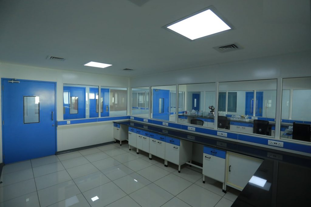 modular cleanroom for pharmaceuticals